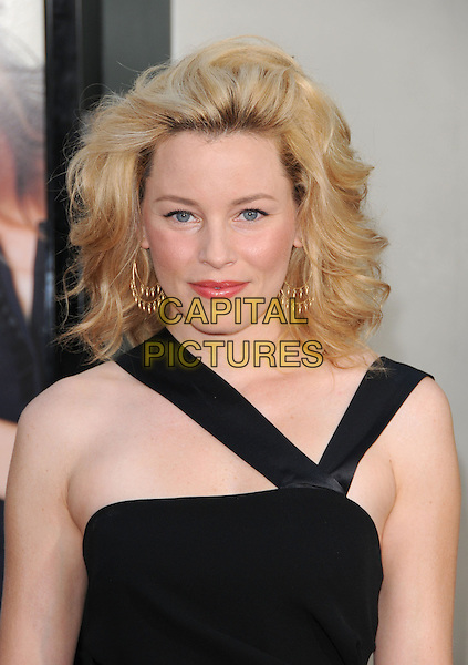 "ELIZABETH BANKS.The Universal Pictures' Premiere of ""Funny People"" held at The Arclight Theatre in Hollywood, California, USA..July 20th, 2009.headshot portrait black big pouffy bouffant hair pink red lipstick gold earrings .CAP/DVS.©Debbie VanStory/Capital Pictures."