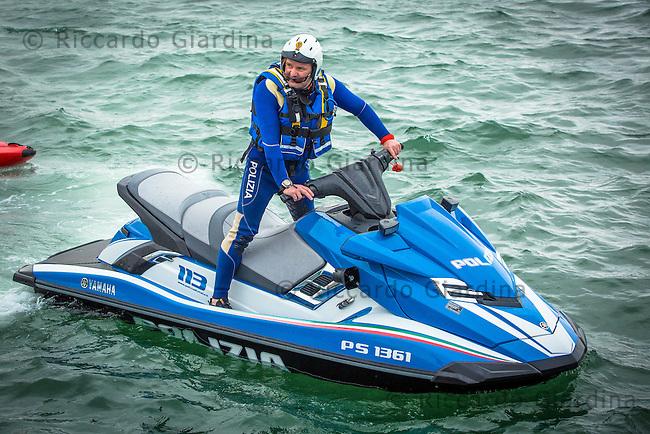 08/05/2016 - Polizia di Stato Reparto Nautico, 2016 Cagliari ITU Triathlon World Cup -