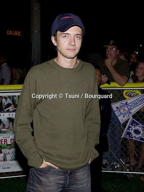 Topher Grace arriving at the premiere of Summer Catch at the Mann Village Theatre in Los Angeles. August 22, 2001.          -            GraceTopher01.jpg