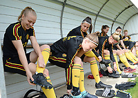 20180304 - LARNACA , CYPRUS :  Belgian Sarah Wijnants , Laura Deloose and Laura De Neve pictured getting ready for a Matchday -1 training from The Belgian Red Flames prior to their game against Austria , on Sunday 4 March 2018 at the Alpha Sports Grounds in Larnaca , Cyprus . This will be the third game in group B for Belgium during the Cyprus Womens Cup , a prestigious women soccer tournament as a preparation on the World Cup 2019 qualification duels. PHOTO SPORTPIX.BE | DAVID CATRY