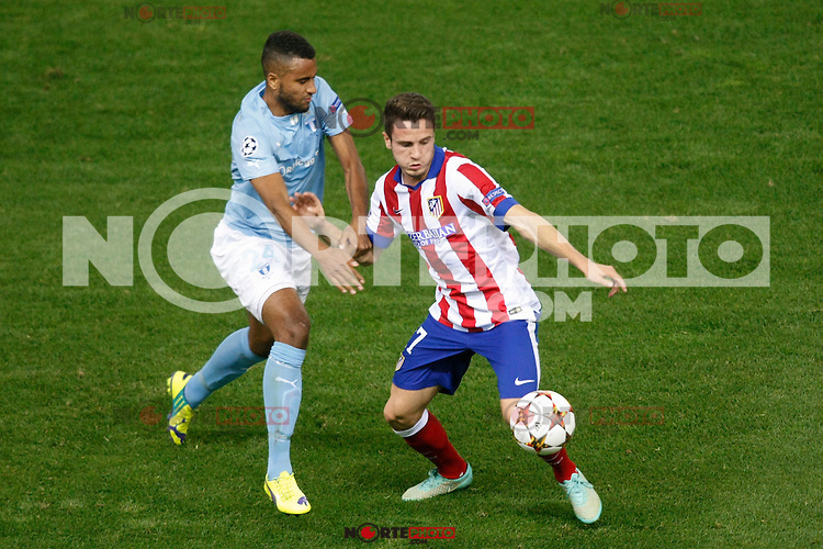 Atletico de Madrid´s Javier Manquillo (R) and Malmo´s Kiese Thelin during Champions League soccer match between Atletico de Madrid and Malmo at Vicente Calderon stadium in Madrid, Spain. October 22, 2014. (ALTERPHOTOS/Victor Blanco)