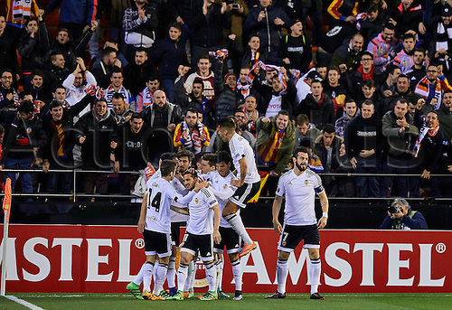 18.02.2016. Mestalla Stadium, Valencia, Spain. Europa League. Valencia versus Rapid Wien.  Valencia Players celebrate after the goal from Forward Santi Mina of Valencia CF in the 4th minute