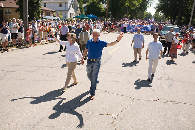 Senator Hillary Clinton (D-New York), potential Democratic Presidential candiate, and her husband, former U.S. President William (Bill) Clinton, attended a Fourth of July parade while campaigning in Iowa. Clear Lake, Iowa, July 4, 2007.