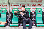 09.02.2019, HDI Arena, Hannover, GER, 1.FBL, Hannover 96 vs 1. FC Nuernberg<br /> <br /> DFL REGULATIONS PROHIBIT ANY USE OF PHOTOGRAPHS AS IMAGE SEQUENCES AND/OR QUASI-VIDEO.<br /> <br /> im Bild / picture shows<br /> Lars Barlemann (Videoanalyst Hannover 96) bereitet Tablet f&uuml;r Spiel vor, <br /> <br /> Foto &copy; nordphoto / Ewert