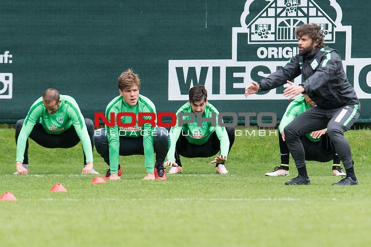 18.04.2016, Trainingsgelaende, Bremen, GER, 1.FBL, Training Werder Bremen<br /> <br /> im Bild<br /> Alejandro G&aacute;lvez / Galvez (Bremen #4), Clemens Fritz (Bremen #8), Santiago Garcia (Bremen #2), Axel D&ouml;rrfu&szlig; / Doerrfuss (Leistungsdiagnostiker Werder Bremen), <br /> <br /> Foto &copy; nordphoto / Ewert