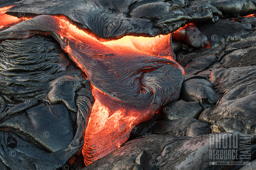 Lava Star: Pahoehoe (smooth, unbroken lava) in the shape of a three-pointed star, Pulama Pali, Hawai'i Volcanoes National Park, January 2018.
