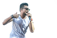 SÃO PAULO,SP, 19.09.2015 - FESTIVAL-SP - O cantor Israel Novaes durante apresentação no Villa Mix Festival 2015 na Arena Anhembi na região norte de São Paulo, neste sábado, 19. (Foto: William Volcov/Brazil Photo Press)
