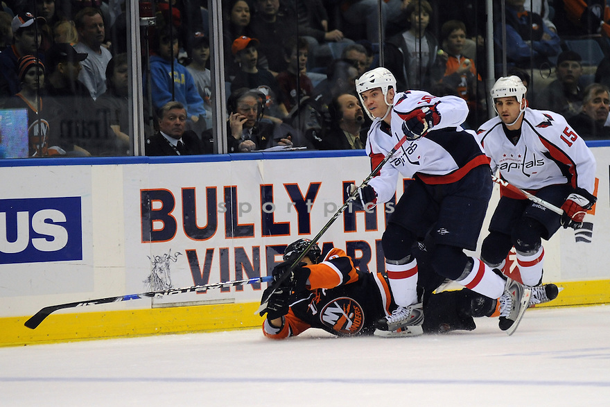 Jan 19, 2009; Uniondale, NY, USA; Washington Capitals rightwing Matt Bradley (10) during game against the New York Islanders at the Nassau Coliseum.Capitals defeated the Islanders 2-1 in OT. Mandatory Credit: Tomasso DeRosa