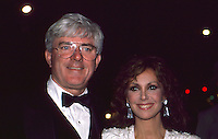 Phil Donahue &amp; Marlo Thomas 1986 by<br />