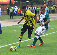 BUCARAMANGA -COLOMBIA, 10-08-2013.  Aspecto del encuentro entre Alianza Petrolera y Atlético Nacional válido  por la fecha 3 de la Liga Postobon II 2013 disputado en el estadioAlvaro Gómez Hurtado de la ciudad de Floridablanca./ Aspect of match between Alianza Petrolera and Atletico Nacional valid for the third date of the Postobon League II 2013 played at Alvaro Gomez Hurtado stadium in Floridablanca city Photo:VizzorImage / Jaime Moreno / STR
