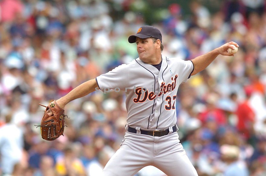 Kenny Rogers, of the  Detroit Tigers, during their game against the Chicago Cubs on June 18, 2006 in Chicago...Tigers win 12-3..David Durochik / SportPics