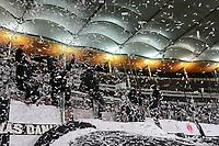 Frankfurter Fans machen Konfettiregen - 07.02.2018: Eintracht Frankfurt vs. 1. FSV Mainz 05, DFB-Pokal Viertelfinale, Commerzbank Arena