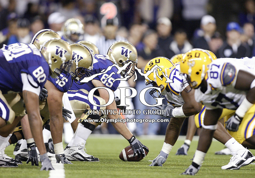 Sep 05, 2009:  The Washington offensive line sets up against the LSU Defensive line at the line of scrimmage.  LSU defeated the University of Washington 31-23 at Husky Stadium in Seattle, Washington..