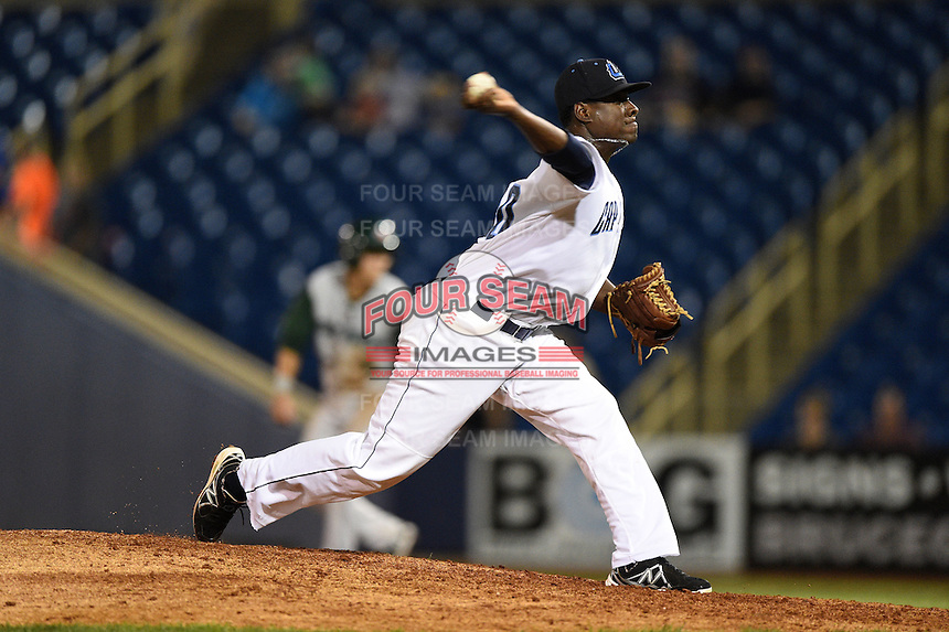 Lake County Captains pitcher Alexis Paredes (30) delivers a pitch during a game against the Fort Wayne TinCaps on August 21, 2014 at Classic Park in Eastlake, Ohio.  Lake County defeated Fort Wayne 7-8.  (Mike Janes/Four Seam Images)