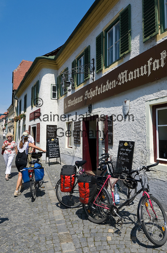 Austria, Lower Austria, UNESCO World Heritage Wachau, Duernstein: old town, Main Street