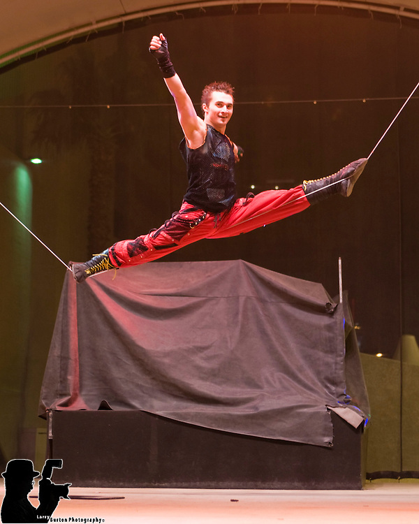 Real Stunt Stage Wire act on Fremont Street from Sin City Circus acts