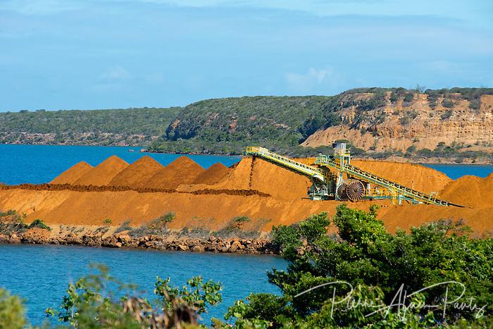 Népoui, stockage du minerai