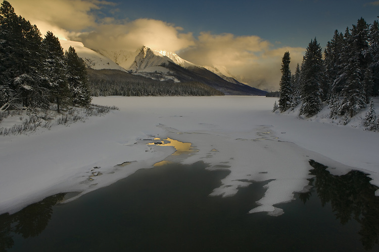 Sunset at Maligne Lake in January