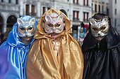 Venice, Italy. 7 February 2015. The main Carnival in Venice celebrations take place this and next weekend with people dressing up and wearing masks. Photo: carnivalpix/Alamy Live News