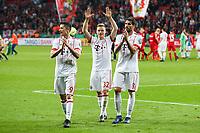 celebration , die team celebrates ihren Sieg and den Einzug ins Finale   Berlin in Fankurve, Robert Lewandowski #9 (FC Bayern Muenchen), Joshua Kimmich #32 (FC Bayern Muenchen), Javi Martinez #8 (FC Bayern Muenchen), Bayer 04 Leverkusen vs. FC Bayern Muenchen, Football, semi final , DFB-Pokal, 17.04.2018 *** Local Caption *** © pixathlon<br /> Contact: +49-40-22 63 02 60 , info@pixathlon.de