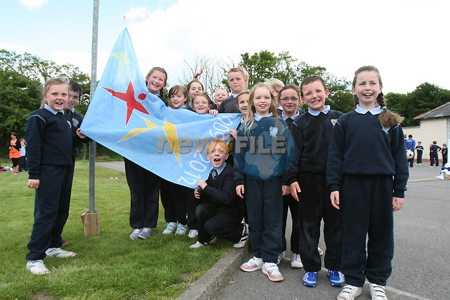 National School Students when Scoil an Spioraid Naoimh raise the Active Week Flag 2009...Photo NEWSFILE/Jenny Matthews.(Photo credit should read Jenny Matthews/NEWSFILE)....This Picture has been sent you under the condtions enclosed by:.Newsfile Ltd..The Studio,.Millmount Abbey,.Drogheda,.Co Meath..Ireland..Tel: +353(0)41-9871240.Fax: +353(0)41-9871260.GSM: +353(0)86-2500958.email: pictures@newsfile.ie.www.newsfile.ie.FTP: 193.120.102.198.