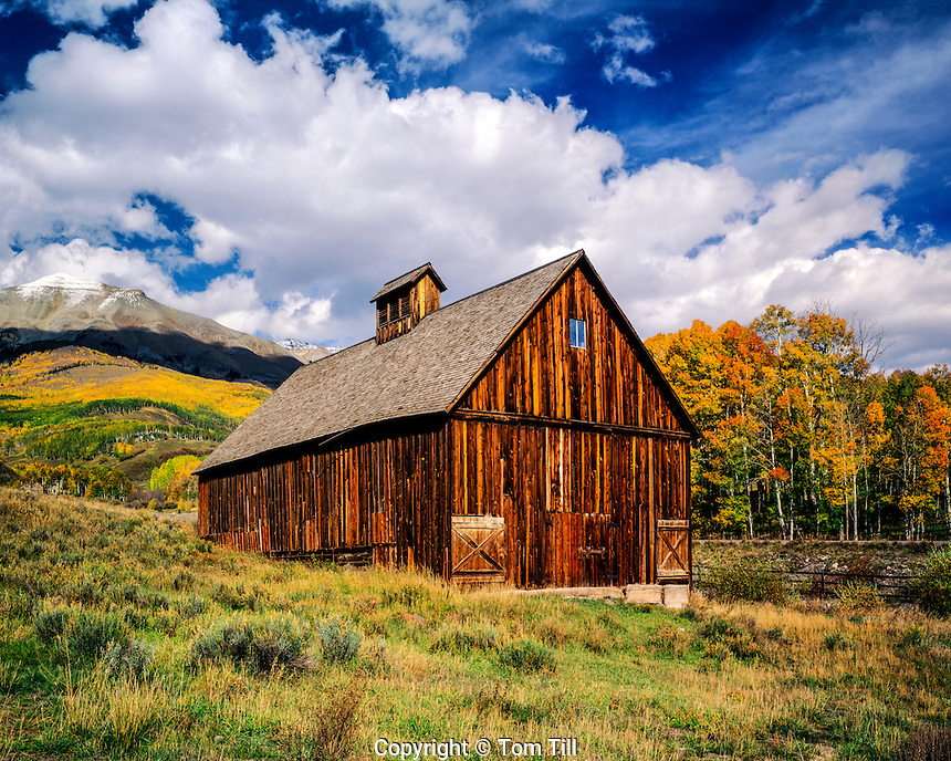 Barn at Telluride, Colorado, San Juan Mountains, Uncompahgre National Forest, historic mining town