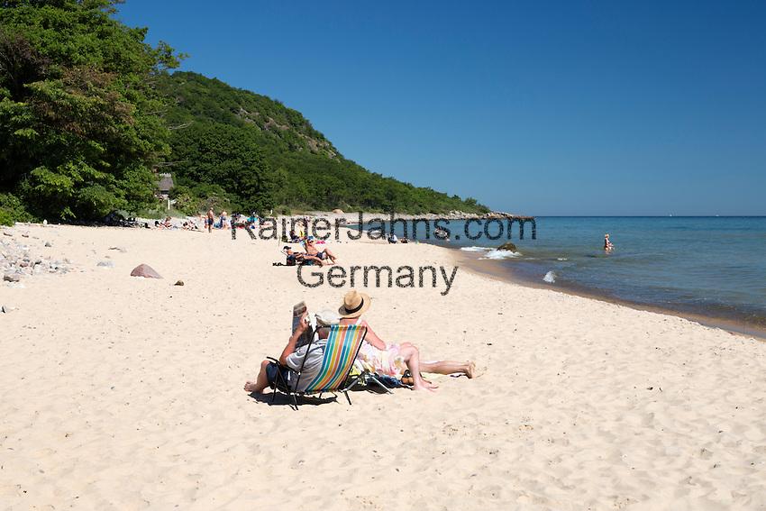 Sweden, Skåne County, near Kivik: White sand beach in summer in Stenshuvud National Park | Schweden, Skåne laen, bei Kivik: weisser Sandstrand im Nationalpark Stenshuvud