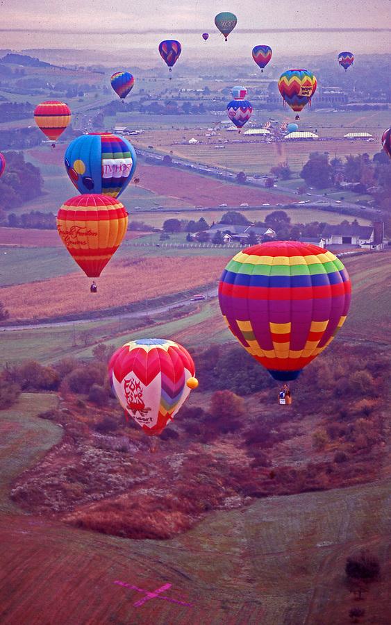 Hershey, Pennsylvania, hot air balloon launch, countryside, early morning.