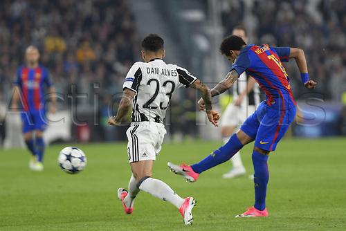 April 11th 2017, Juventus Stadium, Turin, Italy; UEFA Champions league football quarterfinal, leg 1, Juventus versus Barcelona; Neymar has a shot at goal ad Alves tries to block