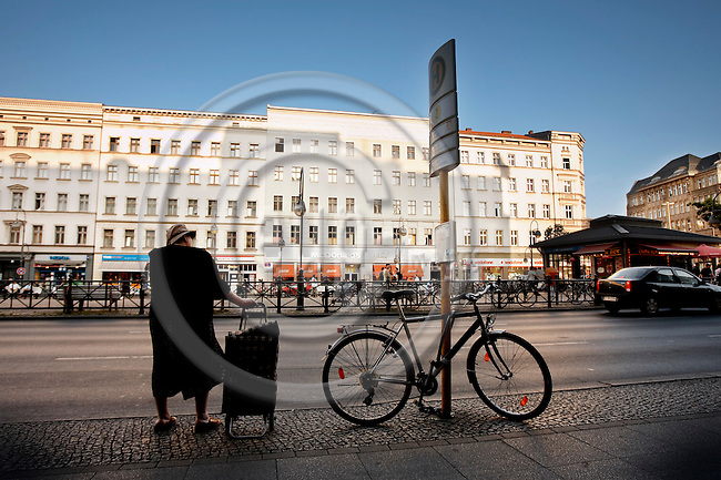 """BERLIN - GERMANY 05. JUNE 2008 -- Hermannplatz -- PHOTO: CHRISTIAN T. JOERGENSEN / EUP & IMAGES..This image is delivered according to terms set out in """"Terms - Prices & Terms"""". (Please see www.eup-images.com for more details)"""