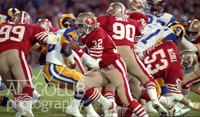 San Francisco 49ers vs. Los Angles Rams at Candlestick Park Monday, December 9, 1985..Rams beat the 49ers 27-20.San Francisco 49ers Running Back Carl Monroe (32)..