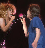 Tina Turner Mick Jagger 1985<br /> Photo By John Barrett/PHOTOlink