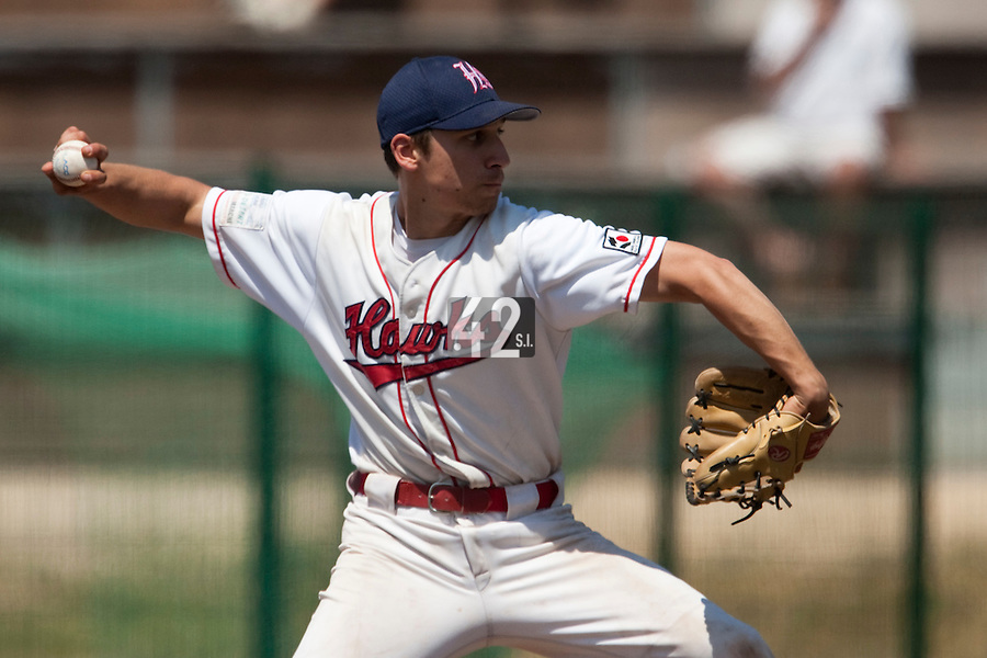 24 May 2009: Mathieu Brau of La Guerche pitches against Senart during the 2009 challenge de France, a tournament with the best French baseball teams - all eight elite league clubs - to determine a spot in the European Cup next year, at Montpellier, France. Senart wins 8-5 over La Guerche.