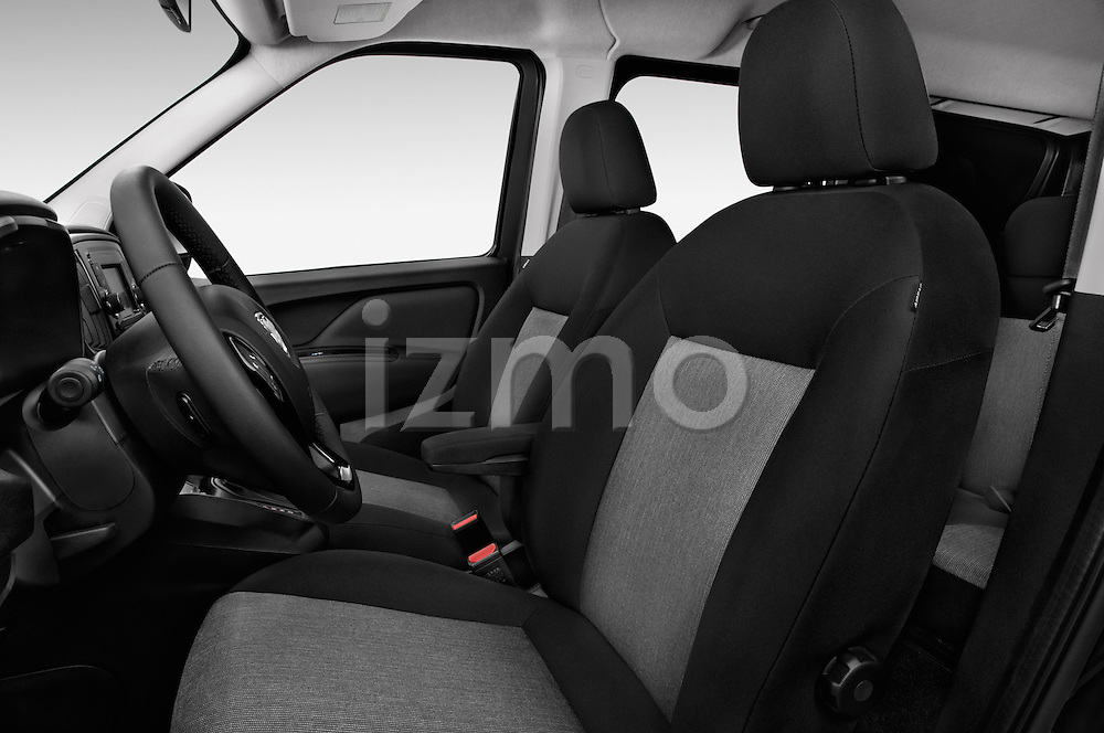 Front seat view of 2015 Ram Promaster City SLT 5 Door Mini Mpv Front Seat car photos