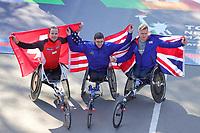 Nova York (EUA), 03/11/2019 - Maratona de Nova York -  Marcel Hug, segundo lugar, vencedor do primeiro lugar Daniel Romanchuk e vencedor do terceiro lugar David Weir comemoram durante a Maratona da TCS em Nova York, em 3 de novembro de 2019 na cidade de Nova York.  (Foto: William Volcov/Brazil Photo Press)
