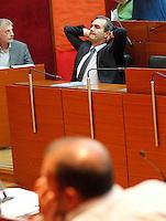 """il sindaco di Napoli Luigi de Magistris  durante una seduta del consiglio comunale di napoli Luigi de Magistris condannato nel processo """" why not"""""""