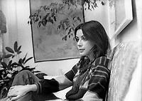 Carole Laure chez elle, 20 avril 1974<br /> <br /> <br /> PHOTO :  Alain  Renaud - Agence Quebec Presse