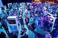 Nederland, Utrecht, 25 oktober 2014. Het 34ste Nederlands Film Festival 2014. Indigo 2014, programma over nieuwe en innovatieve computergames in TivoliVredenburg. Georganiseerd door Dutch Game Garden i.s.m. het NFF. Foto: 31pictures.nl / The Netherlands, Utrecht, 25 September 2014. The 34rd Netherlands Film Festival 2014. Indigo 2014, program on new and innovative computergames at TivoliVredenburg. Organised by Dutch Game Garden and the NFF.  Photo: 31pictures.nl / (c) 2014, www.31pictures.nl