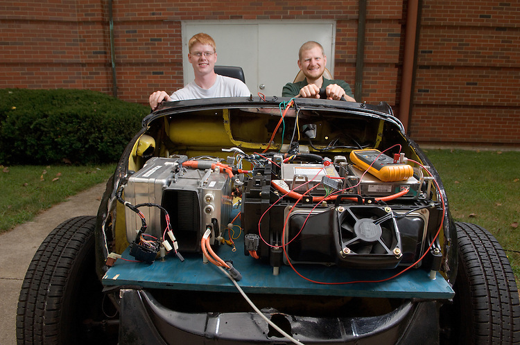 17768Car Greg Kremer & Grad Student with Super Beetle Chassis, Alternative Fuel Cell car