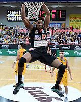 Basketball  1. Bundesliga  2016/2017  Hauptrunde  12. Spieltag  04.12.2016 Walter Tigers Tuebingen - ratiopharm Ulm Dunking; Augustine Rubit (Ulm) haengt am Korb