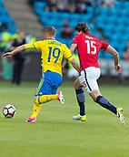 June 1th 2017, Ullevaal Stadion, Oslo, Norway; International Football Friendly 2018 football, Norway versus Sweden;  L-R Sam Larsson of Sweden battles with Sander Berge of Norway