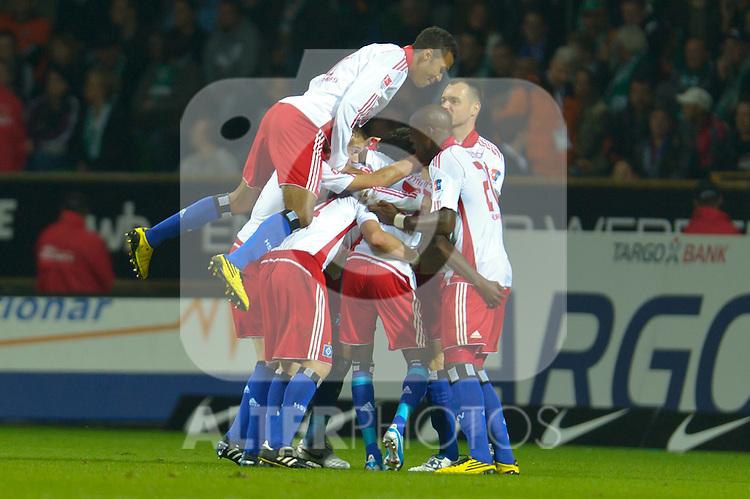 25.09.2010, Weser Stadion, Bremen, GER, 1.FBL, Werder Bremen vs Hamburger SV im Bild Jubel nach dem 2:2 durch Jonathan Pitroipa (HSV #21)    Foto © nph / Kokenge