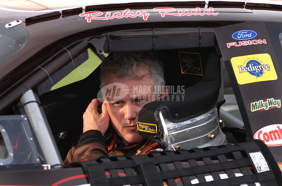 Feb 11, 2007; Daytona, FL, USA; Nascar Nextel Cup driver Ricky Rudd (88) during qualifying for the Daytona 500 at Daytona International Speedway. Mandatory Credit: Mark J. Rebilas.