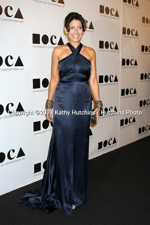 LOS ANGELES - NOV 12:  Lisa Edelstein arrives at the MOCA Gala 2012 at MOCA on November 12, 2011 in Los Angeles, CA