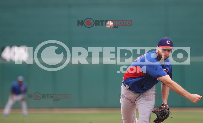 Pitcher scott Feldman de Cubs, durante el juego de Chicago Cubs vs Dodgers de LA. Spring Trainig 2013 y Liga del Cactus en el Kino Veterans Memorial Stadium de Tucson Arizona.<br />  21 Marzo 2013
