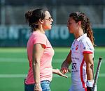 AMSTELVEEN - coach Tina Bachmann (OR) met Marlena Rybacha (OR) na  de hoofdklasse competitiewedstrijd hockey dames,  Amsterdam-Oranje Rood (5-2). COPYRIGHT KOEN SUYK