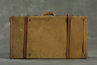Willard Suitcases / Walter T / ©2013 Jon Crispin