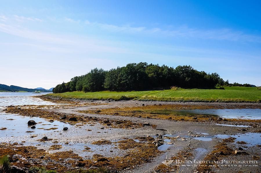 Norway, Sør-Trøndelag, Stokksund. Madsøya island nature reserve.