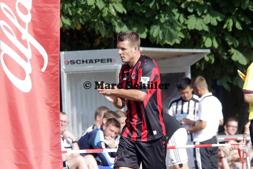 Alex Meier (Eintracht) ausgewechselt - Eintracht Frankfurt vs. VfR Aalen