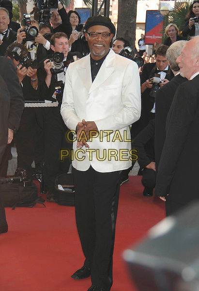 "SAMUEL L. JACKSON.""Star Wars : Episode III - Revenge of the Sith"" screening.58th International Cannes Film Festival, France.15 May 2005.Ref: PL.premiere full length white suit jacket black trousers hat .www.capitalpictures.com.sales@capitalpictures.com.©Capital Pictures."